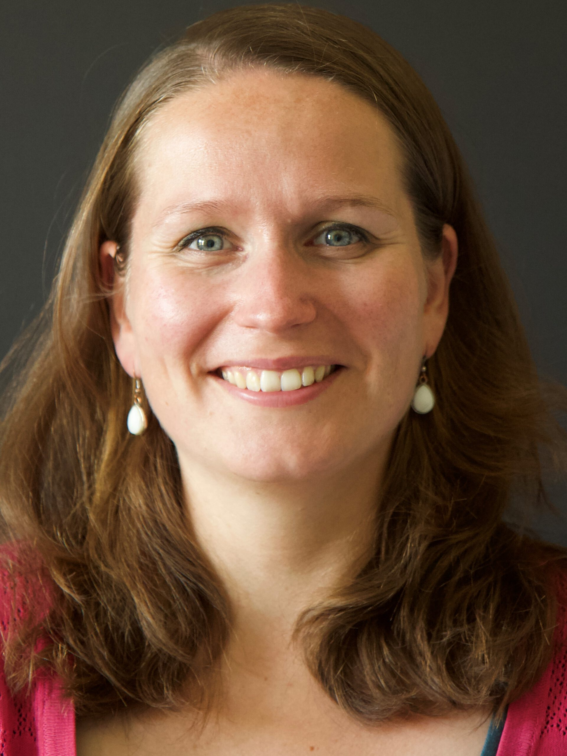 Lionne Venderbos, PhD