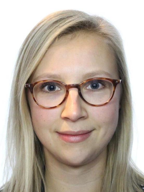 Tess van Doorn         MD